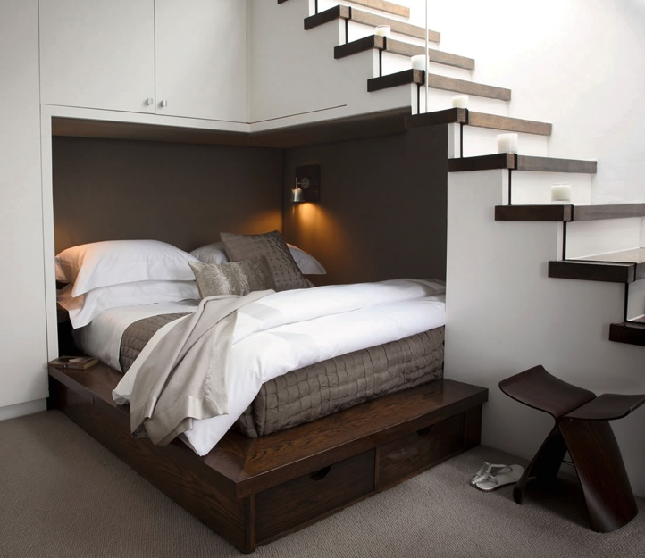 1-Understair-double-bed