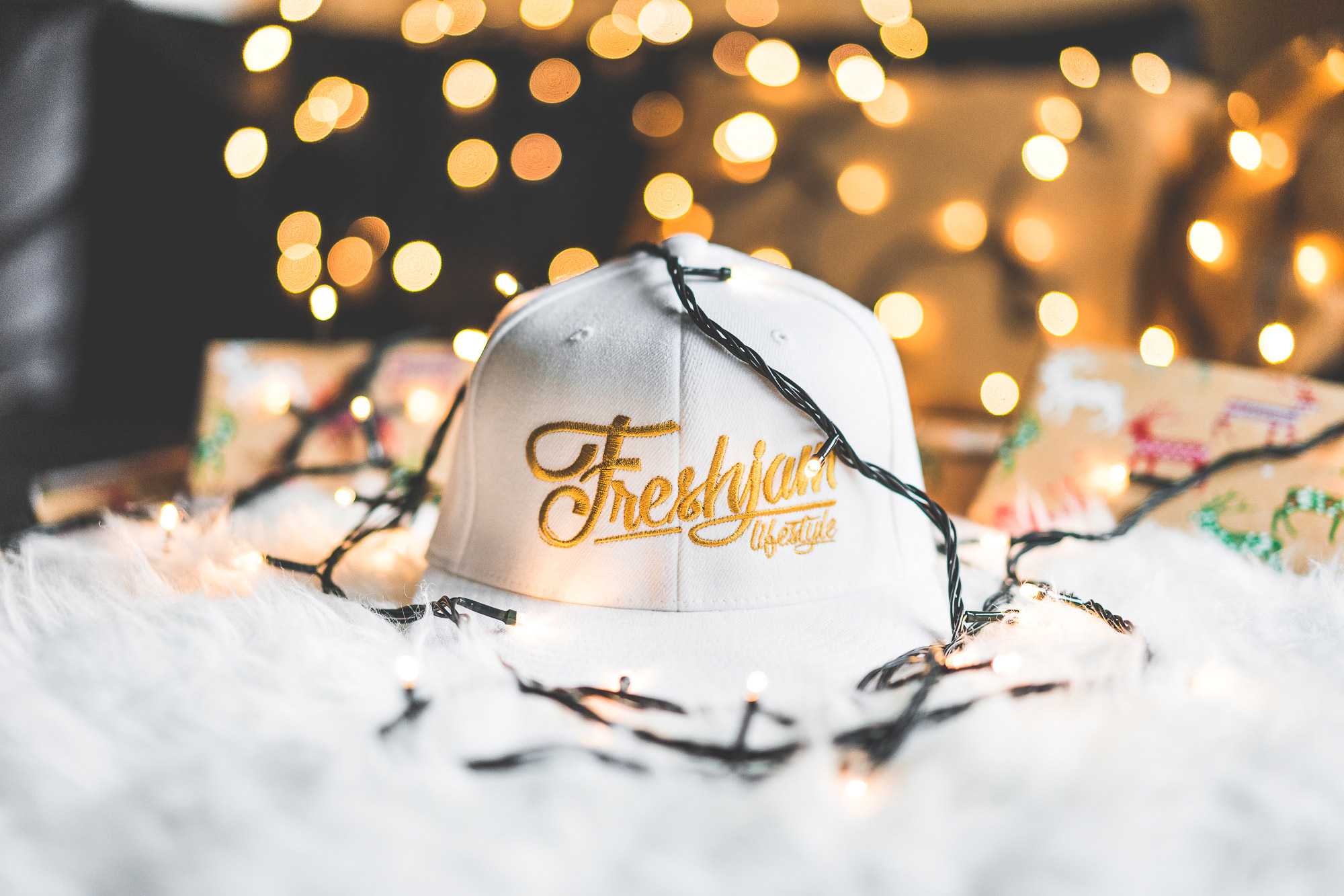 FRESHJAM Lifestyle Christmas White Flexfit Cap