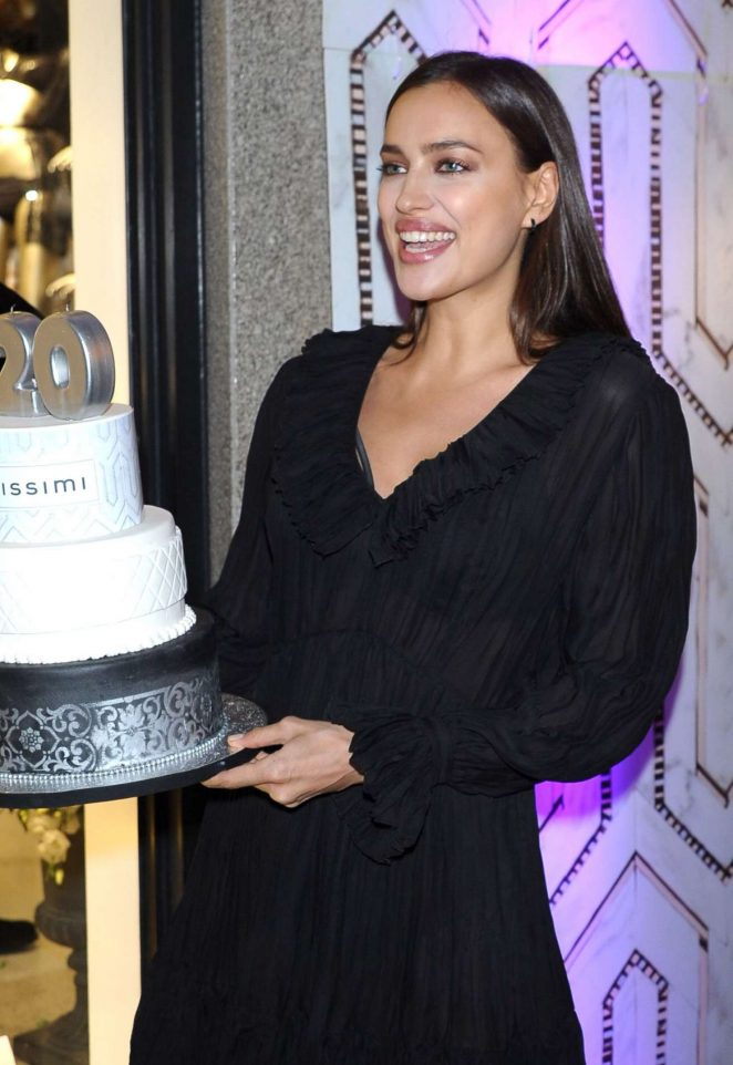 irina-shayk-intimissimi-20-years-celebration-10-662x962