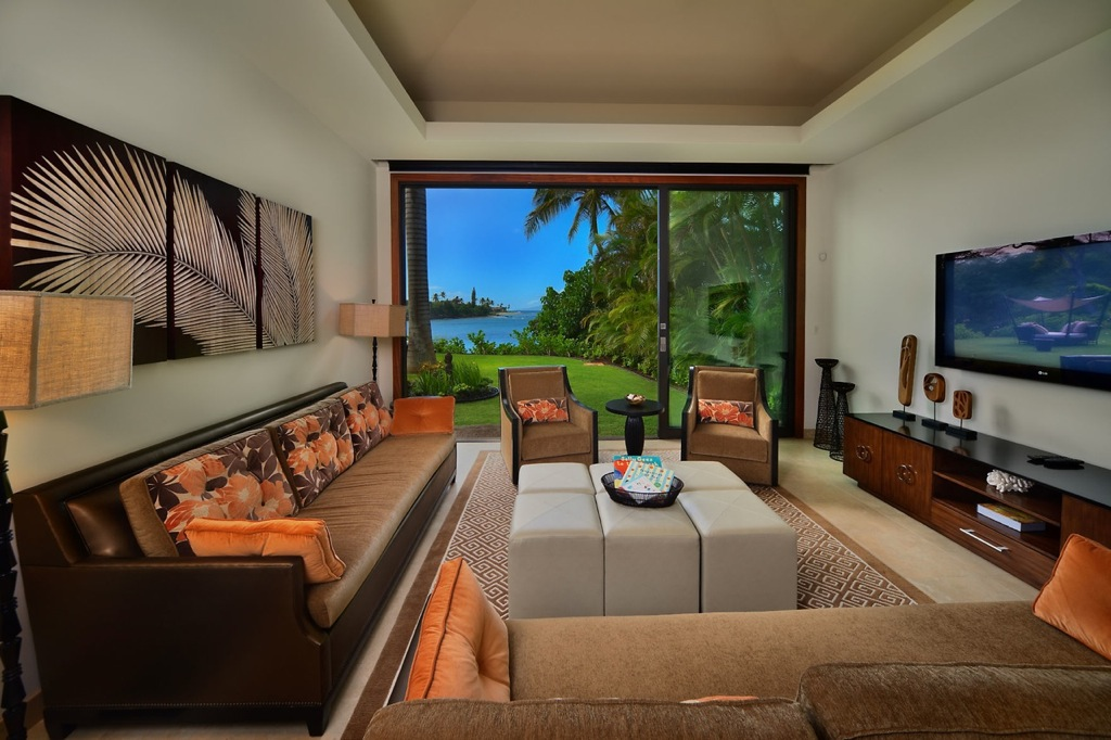 Maui-brown-cream-living-room