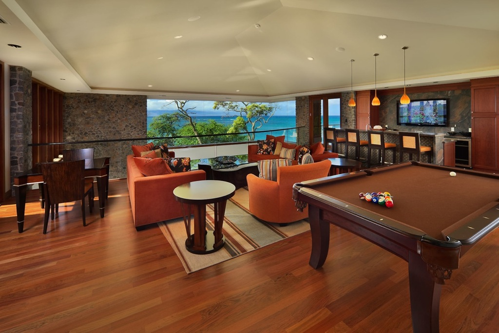 Maui-games-room-bar