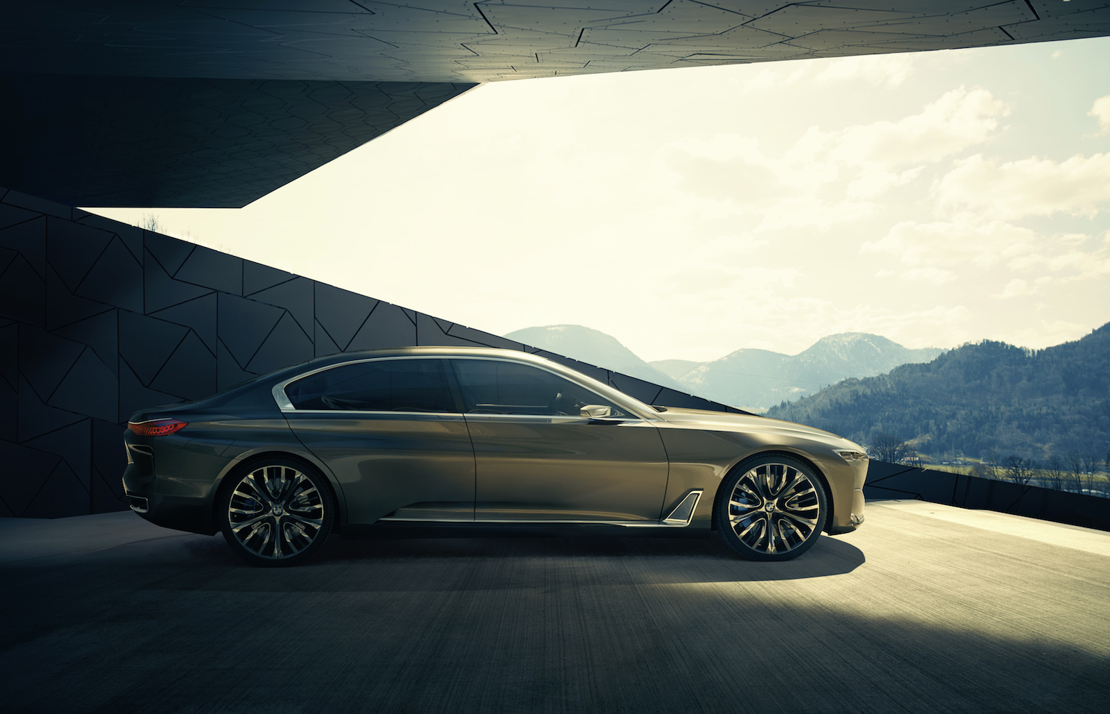 bmw-vision-future-luxury_100475092_h