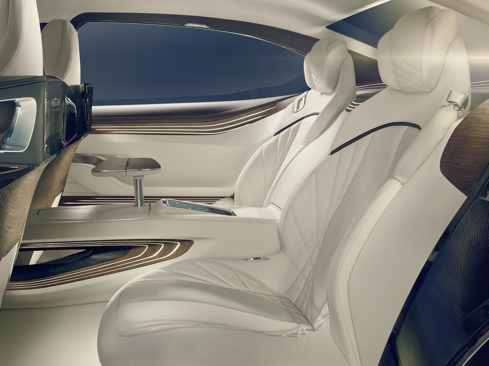 bmw-vision-future-luxury_100475107_h