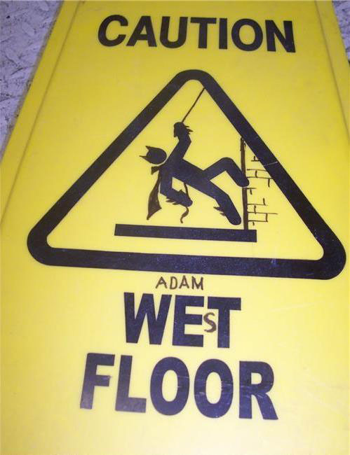 caution-wet-floor-funny-signs-1