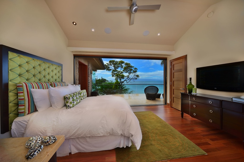 green-brown-bedroom-beachside-house