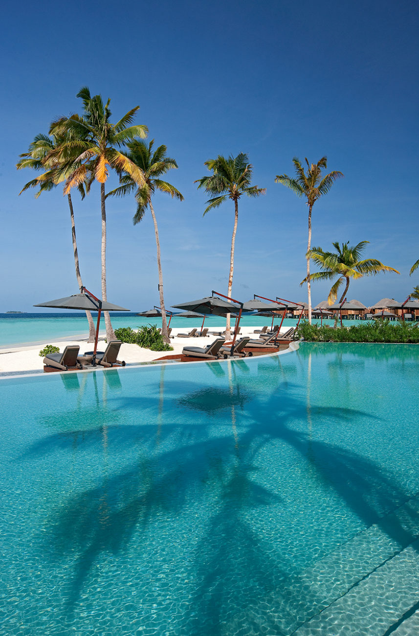 halaveli-maldives-pool-view-6