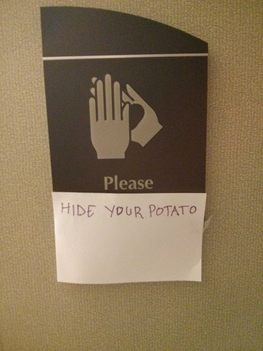 hide-your-potato-sign-funny