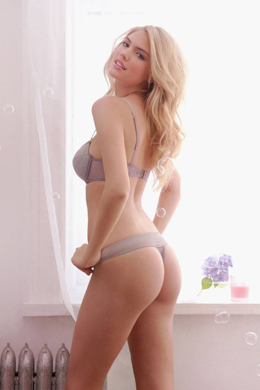 kate-upton-poses-for-the-men-magazine-3