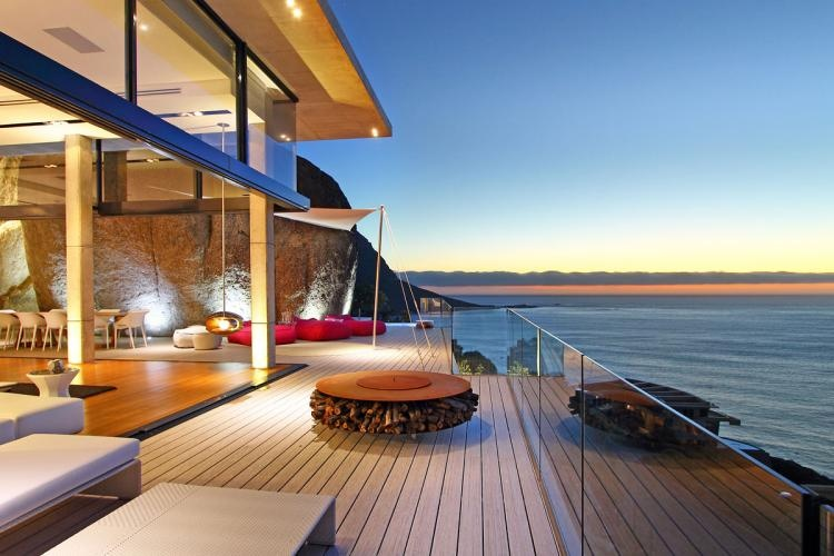 night-oceanview-deck