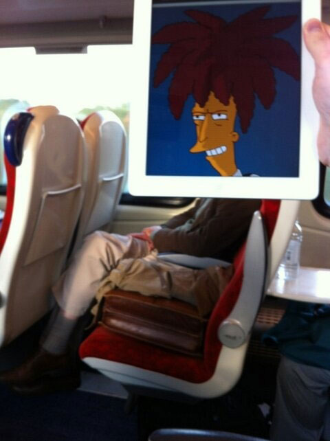 october-jones-gives-people-cartoon-faces-on-train-ride-to-work-4