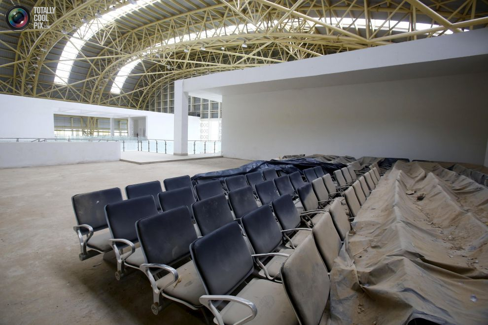 pic_india_abandoned_airport_011__tcp_gallery_image