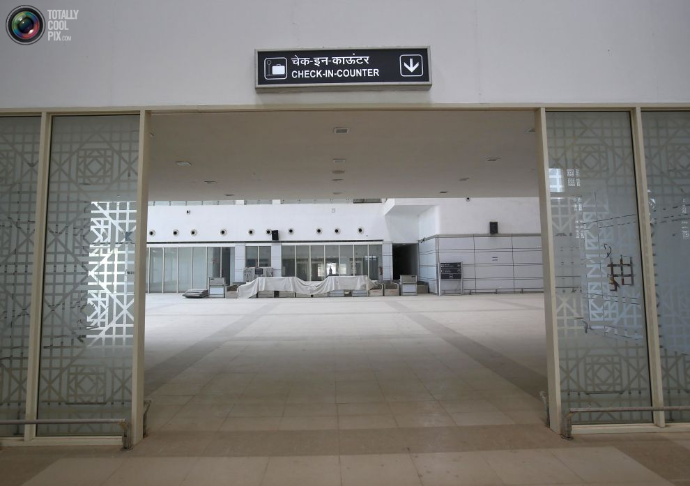 pic_india_abandoned_airport_023__tcp_gallery_image
