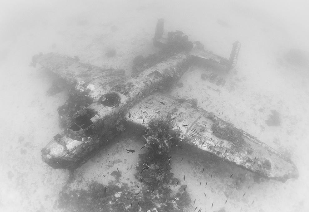 picture_tcp_a_lost_us_ww2_aircraft_graveyard_has_been_captured_130_feet_underwater__tcp_large