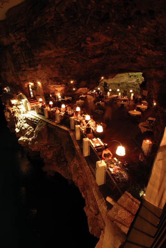 restaurant-inside-a-cave-cavern-itlay-grotta-palazzese-9