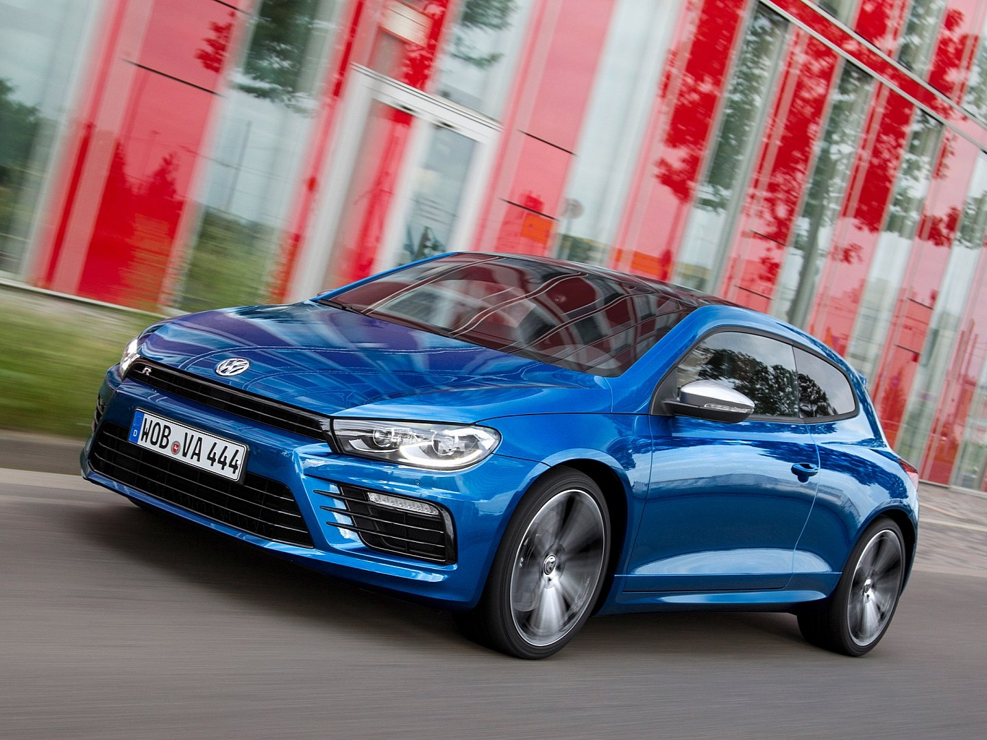 scirocco-radditional-20-ps-accelerates-06-seconds-faster-to-100-km-h-than-its-predecessor-1080p-3