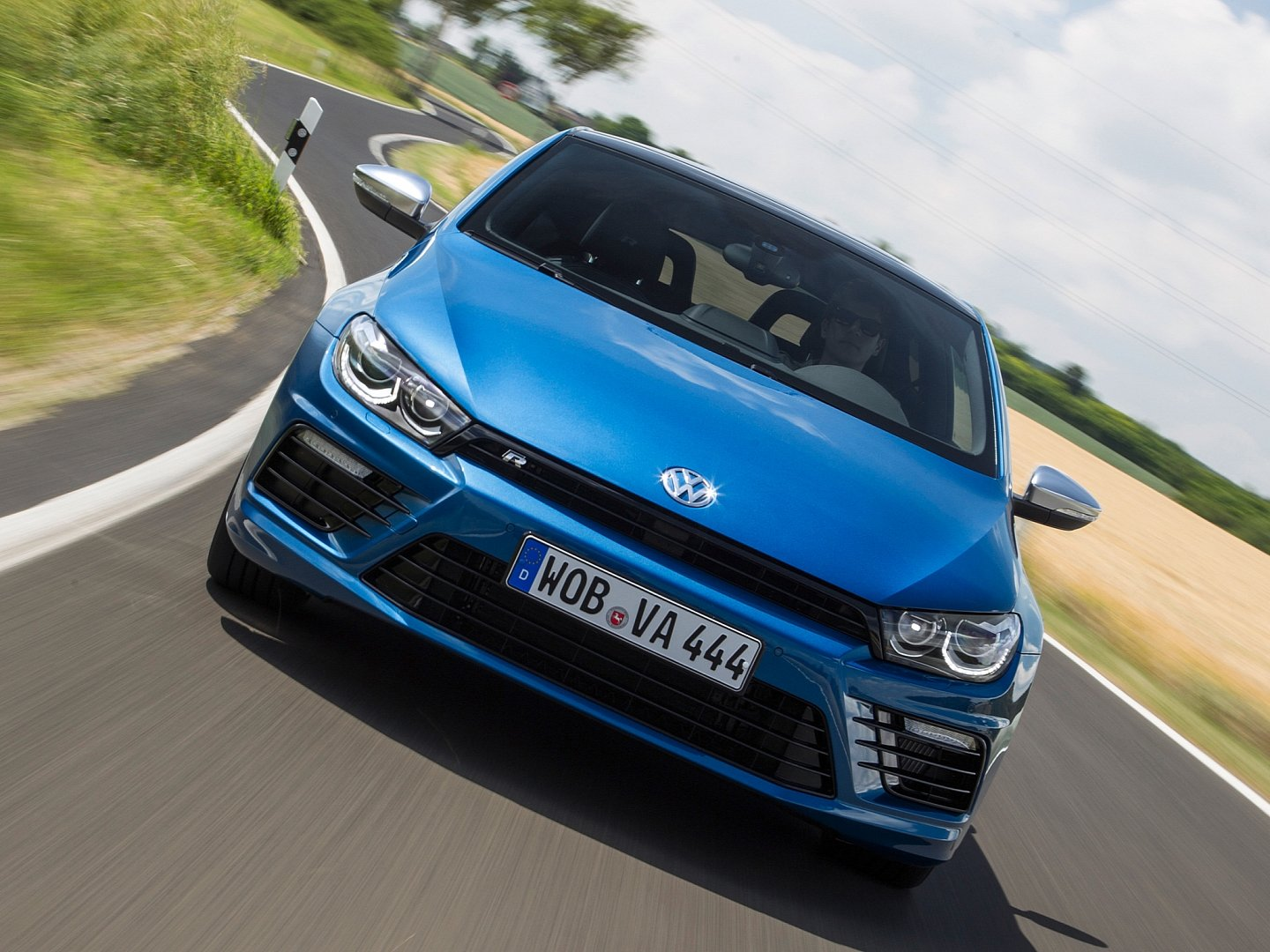 scirocco-radditional-20-ps-accelerates-06-seconds-faster-to-100-km-h-than-its-predecessor-1080p-4