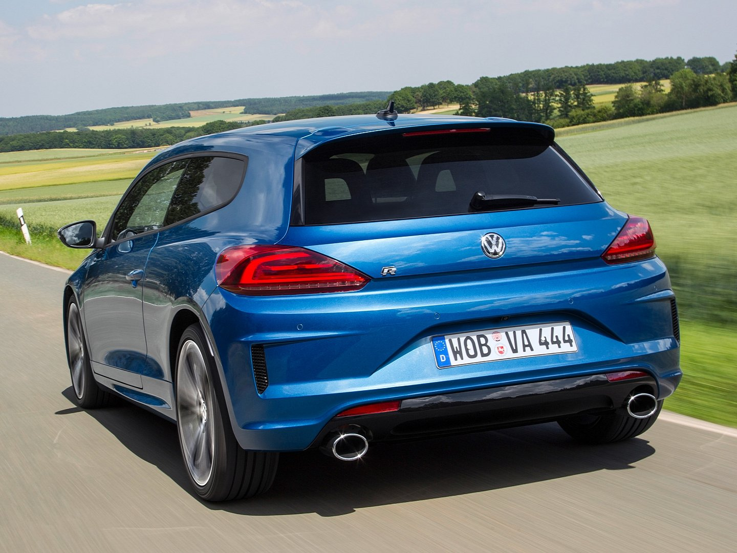 scirocco-radditional-20-ps-accelerates-06-seconds-faster-to-100-km-h-than-its-predecessor-1080p-7