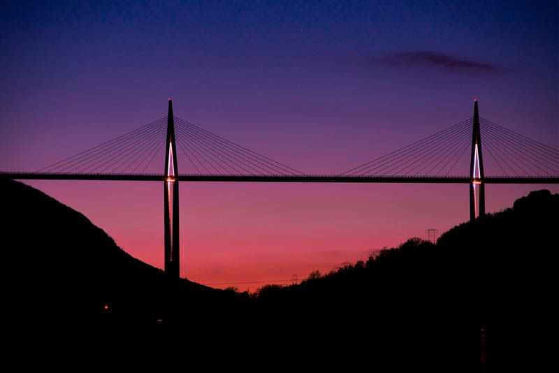 worlds-tallest-bridge-millau-viaduct-france-7